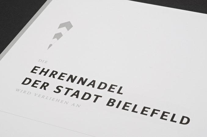 http://www.typo1.de/files/gimgs/50_ehrenkoppad5.jpg